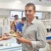 Максим Богданович открыл первое в Украине заведение для сыроедов